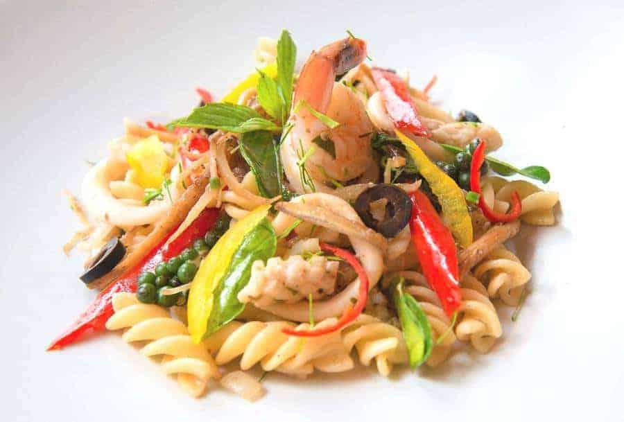 Seafood Pasta Pad Cha
