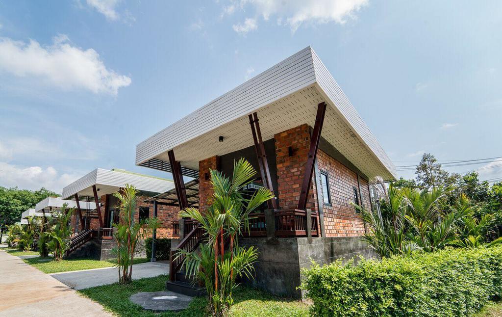 P TWO P Resort Chanthaburi จันทบุรี