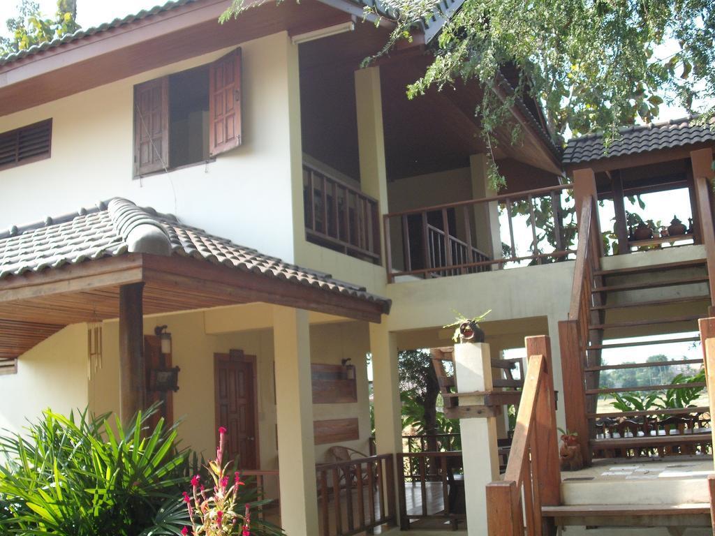 บ้านชมนา เชียงราย Chiang Rai