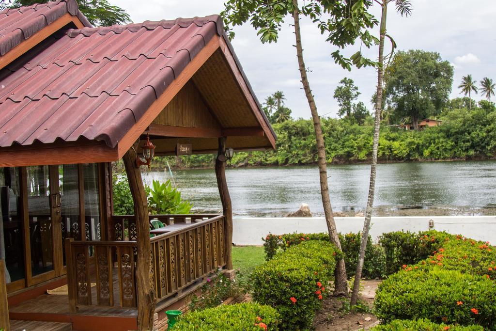 Buasawan-Resort-Restaurant-Kanchanaburi-กาญจนบุรี-น้องหมาพักได้01
